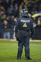 Kampkl�dt politi p� Br�ndby Stadion