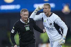 Michael Svendsen, dommer, David Ousted (Randers FC)