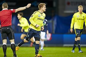 Martin Albrechtsen, m�lscorer (Br�ndby IF) reducerer til 1-2 lige efter pausen