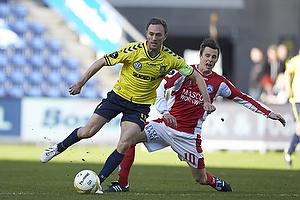 Dennis Rommedahl, anf�rer (Br�ndby IF), Jesper Bech (Silkeborg IF)