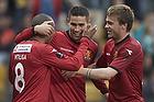 Patrick Mtiliga (FC Nordsj�lland), Oguzhan Aynaoglu, m�lscorer (FC Nordsj�lland)