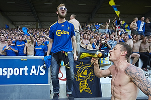 Mikkel Thygesen (Br�ndby IF) taler til fans