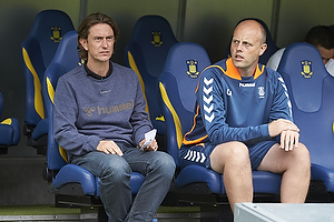 Thomas Frank, cheftr�ner (Br�ndby IF), Claus N�rgaard, assistenttr�ner (Br�ndby IF)