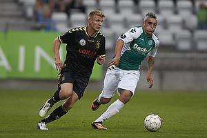 Michael Almeb�ck (Br�ndby IF), Aleksandar Stanko (Viborg FF)