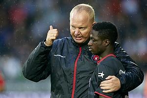 Glen Riddersholm, cheftr�ner (FC Midtjylland), Musefiu Ashiru (FC Midtjylland)