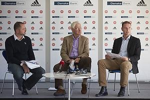 Jacob Wadland (DBU), Morten Olsen, cheftr�ner (Danmark), Jess Thorup, U-21 cheftr�ner (Danmark)