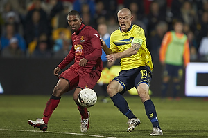 Mikkel Thygesen, anf�rer (Br�ndby IF), Patrick Mtiliga (FC Nordsj�lland)