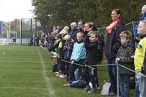 Mange unge fans var m�dt op til tr�ningen