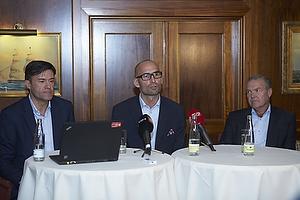 Lars Berendt, kommunikationschef (DBU), Claus Bretton-Meyer, administrerende direkt�r (DBU), Allan Hansen, formand (DBU)