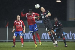 Joel Tshibamba (FC Vestsj�lland), Kristian Bak Nielsen, anf�rer (FC Midtjylland)