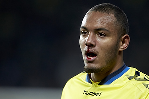 Kenneth Zohore (Br�ndby IF) bl�der for n�sen