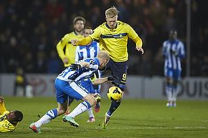 Simon Makienok Christoffersen (Br�ndby IF), Hans Henrik Andreasen, anf�rer (Esbjerg fB)
