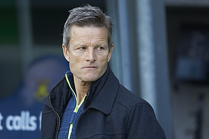 Lars S�ndergaard, cheftr�ner (S�nderjyskE)