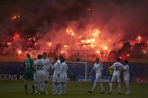 Br�ndbyfans affyrer romerlys inden kickoff