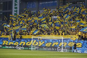 Br�ndbyfansBr�ndbyfans med flag