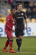 Patrick Mtiliga, anf�rer (FC Nordsj�lland), Anders K. Jacobsen (Aab)