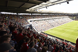 Br�ndby IF p� et fyldt Br�ndby Stadion