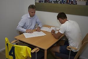 Jesper J�rgensen, administrerende direkt�r (Br�ndby IF), Elbasan Elba Rashani (Br�ndby IF)