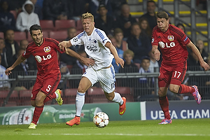 Emir Spahic (Bayer 04 Leverkusen), Andreas Cornelius (FC K�benhavn)