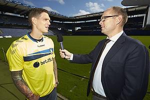 Daniel Agger (Br�ndby IF), Anders Bay, kommunikations-marketingdirekt�r (Br�ndby IF)