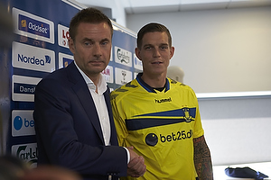 Jan Bech Andersen, bestyrelsesformand (Br�ndby IF), Daniel Agger (Br�ndby IF)