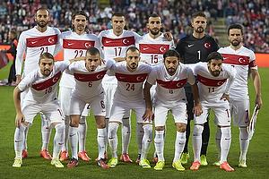 Omer Toprak (Tyrkiet), Ersan G�l�m (Tyrkiet), Burak Yilmaz (Tyrkiet), Mehmet Topal (Tyrkiet), Onur Recep Kivrak (Tyrkiet), Gokhan Gon�l (Tyrkiet), Caner Erkin (Tyrkiet), Oguzhan Ozyakup (Tyrkiet), Ahmet Ilhan Özek (Tyrkiet), Selcuk Inan (Tyrkiet), Olcay Sahan (Tyrkiet)