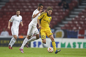 Roni Porokara (Hjk helsinki), Youssef Toutouh (FC K�benhavn)
