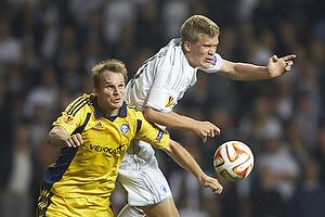 Andreas Cornelius (FC K�benhavn), Markus Heidinnen (Hjk helsinki)