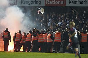 FCK-fans har v�ltet hegnet