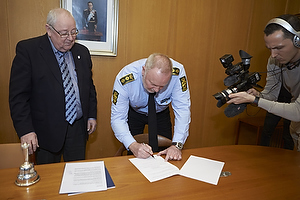 Ib Terp, borgmester (Br�ndby Kommune), Kim Christiansen (K�benhavns Vestegns Politi)
