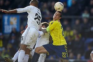 Mathias Zanka J�rgensen (FC K�benhavn), Daniel Agger, anf�rer (Br�ndby IF)