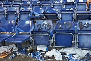 �delagte s�dder ot grafiti p� udebaneafsnittet p� Br�ndby Stadion