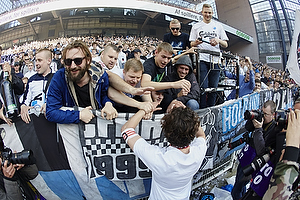 Thomas Delaney, �rest pokalfighter (FC K�benhavn) hilser p� fans