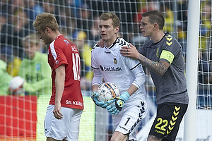Lukas Hradecky (Br�ndby IF), Daniel Agger, anf�rer (Br�ndby IF), Emil Scheel (Silkeborg IF)