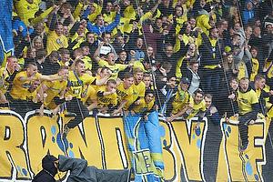 Br�ndbyfans jubler over scoring