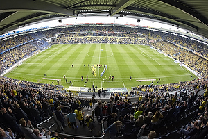 Spillererne g�r ind p� Br�ndby Stadion