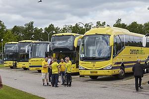 Busser der transporterer fans til Br�ndby Stadion