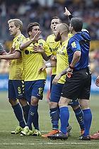 Frederik Holst (Br�ndby IF), Magnus Eriksson (Br�ndby IF), Michael Tykgaard, dommer