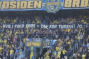 Br�ndbyfans med banner til Ebbe