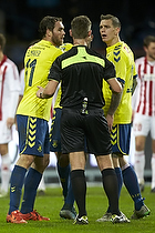 Johan Elmander (Br�ndby IF), Daniel Agger (Br�ndby IF), Anders Poulsen, dommer