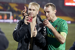 Johan Larsson (Br�ndby IF), Thomas Kahlenberg, anf�rer (Br�ndby IF)