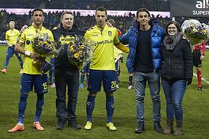Blomster til de nye spillere i truppen David Boysen (Br�ndby IF), Kamil Wilczek (Br�ndby IF), Daniel St�ckler (Br�ndby IF)