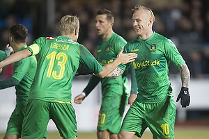 Magnus Eriksson, m�lscorer (Br�ndby IF), Johan Larsson, anf�rer (Br�ndby IF)