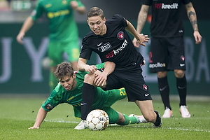 Andrew Hjulsager (Br�ndby IF), Uidentificeret person (FC Midtjylland)