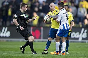 Magnus Eriksson (Br�ndby IF), Jens Maae, dommer