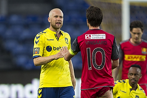 Johan Larsson (Br�ndby IF), Martin Vingaard (FC Nordsj�lland)