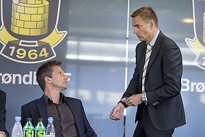Troels Bech, sportsdirekt�r (Br�ndby IF), Jan Bech Andersen, bestyrelsesformand (Br�ndby IF)