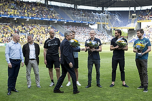 Aurelijus Skarbalius, cheftr�ner (Br�ndby IF), Albert Capellas (Br�ndby IF), Claus N�rgaard (Br�ndby IF), Johan Elmander (Br�ndby IF), Martin �rnskov (Br�ndby IF)