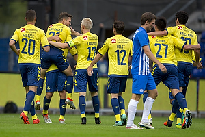 Johan Larsson, anf�rer (Br�ndby IF), Kamil Wilczek (Br�ndby IF)