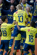 Johan Larsson (Br�ndby IF), Lebogang Phiri (Br�ndby IF), Christian N�rgaard (Br�ndby IF)